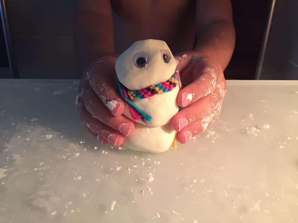 qué hacer con los niños los días de lluvia: pasta de sal
