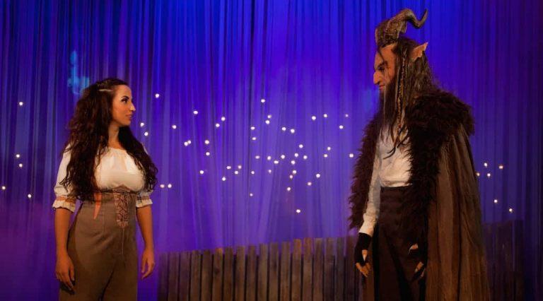Personajes principales de La Bella y la Bestia el musical, de Mundiartistas