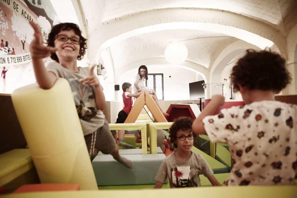 Espacio Quinta los Molinos, un espacio ideal para jugar y que forma lista de las cafeterías para ir con niños ideales